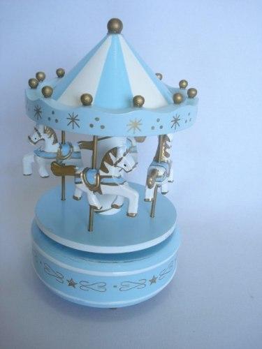 Mini Carrossel Caixinha Musical Azul Bebê Com Branco  - José Geraldo Almeida Marques