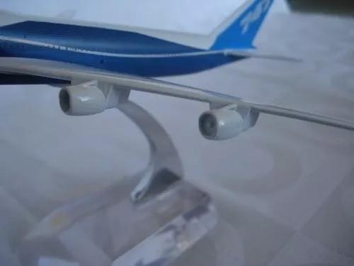 Avião 747 Metal 31x28cm Miniatura Coleção  - PRESENTEPRESENTE