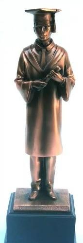 Estatueta Formando Com Pedestal Mod 54259  - PRESENTEPRESENTE
