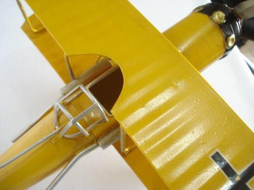 Avião Batalha Amarelo Miniatura Metal  - PRESENTEPRESENTE
