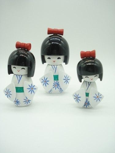 Boneca Kokeshi Japonesa Trio Branca  - PRESENTEPRESENTE