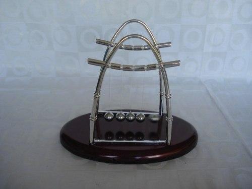 Pêndulo De Newton Extra Grande Decoração Escritório  - PRESENTEPRESENTE