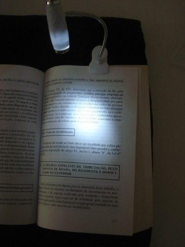 Lanterna Luminaria Clip Led Leitura Noturna FRETE GRÁTIS  - PRESENTEPRESENTE