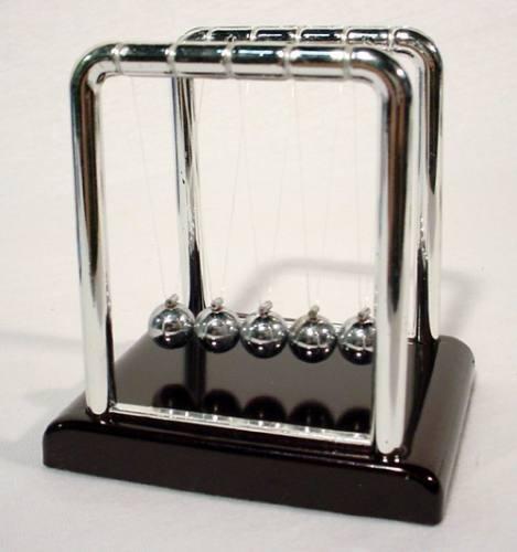 Pêndulo De Newton Medio Decoração Escritório  - PRESENTEPRESENTE