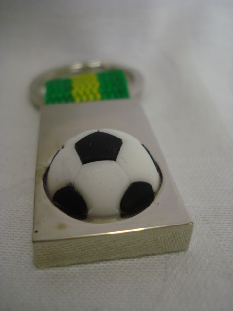 Chaveiro Brasil Copa 2014 Bola 3d Frete Gratis  - José Geraldo Almeida Marques