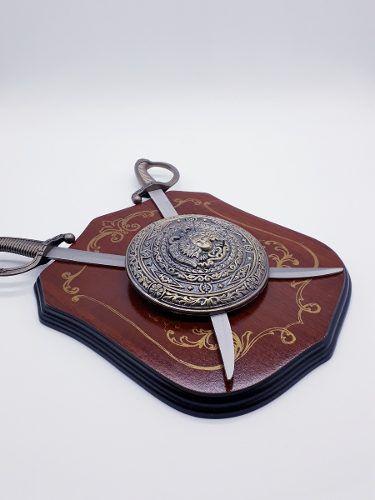 Enfeite Decorativo Medieval Brasão Medusa Retro Coleção 102  - PRESENTEPRESENTE
