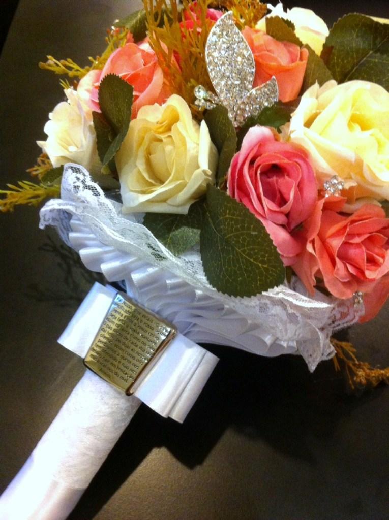 Buquê da noiva - Flores e Fé