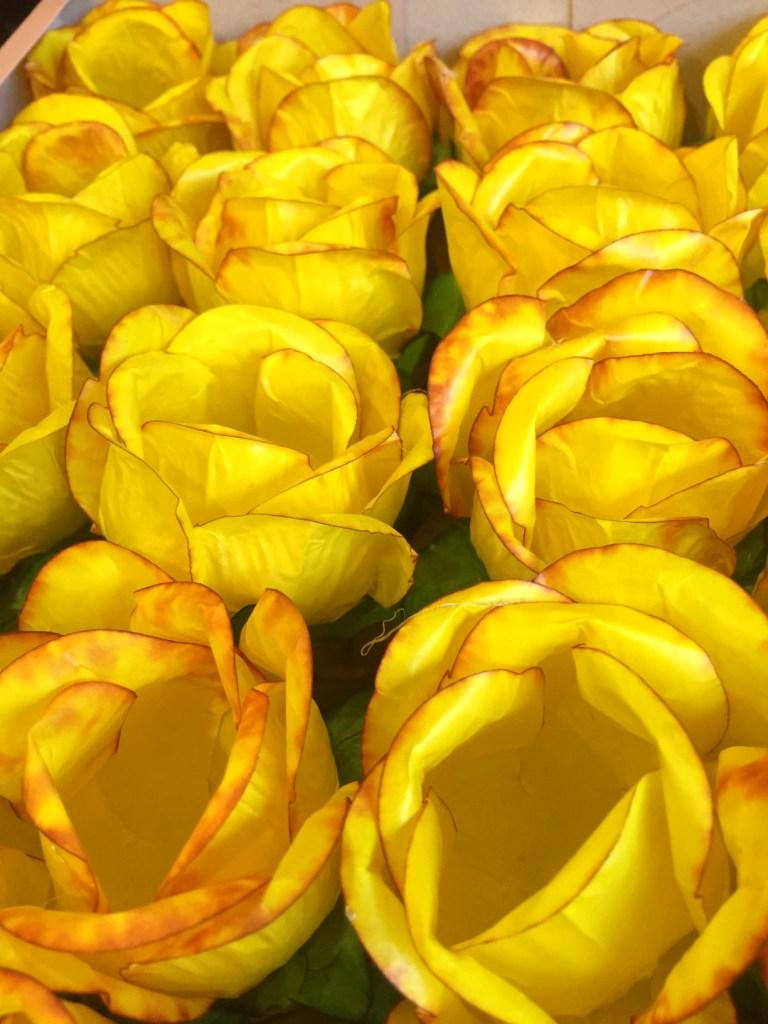 Forminha para Doce- CAIXA COM 40 UNIDADES- Amarelo Queimado