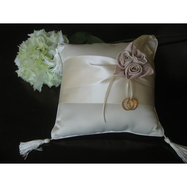 Almofada para Aliancas Roses - Porta-Aliança de Casamento