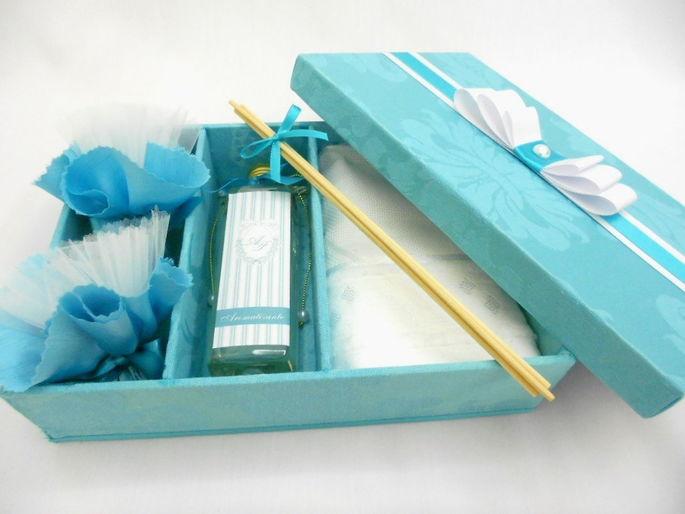 Caixa para madrinha de casamento - Tiffany