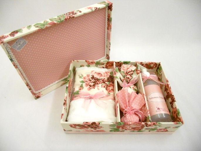 Caixa para madrinha de casamento - Flores