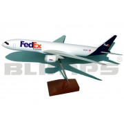 Maquete Boeing 777F FedEx - 30 cm