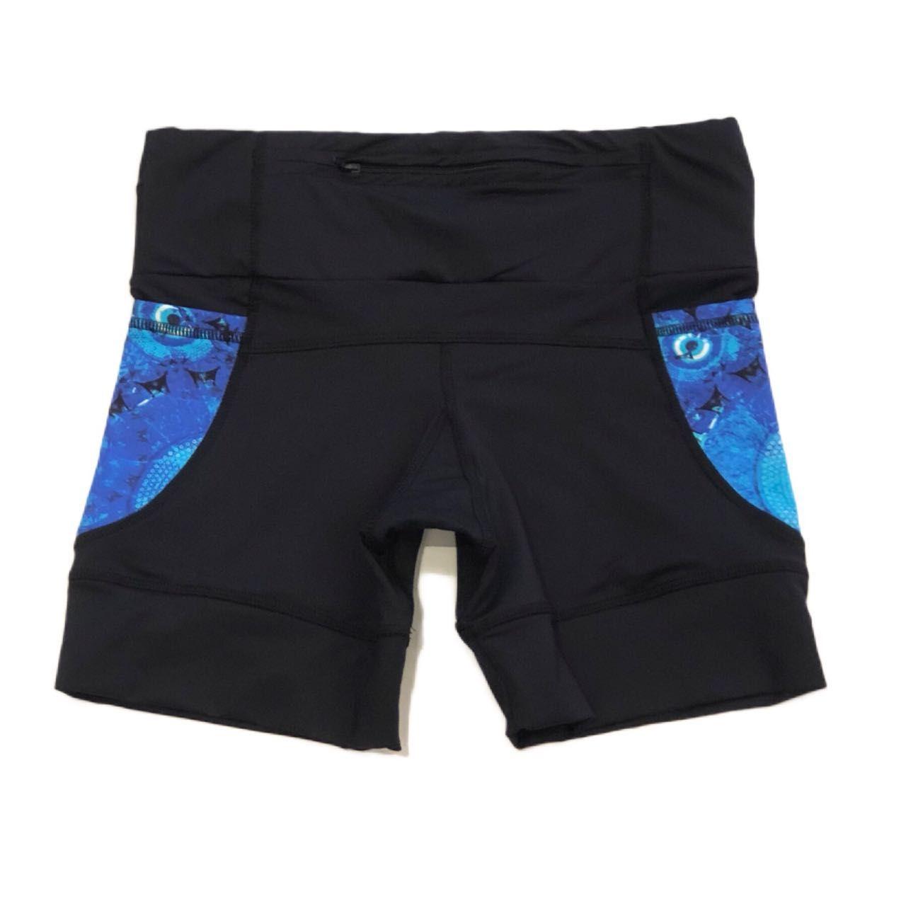 Shorts de compressão 1500 bolsos em compress preto com bolsos laterais estampa olho grego