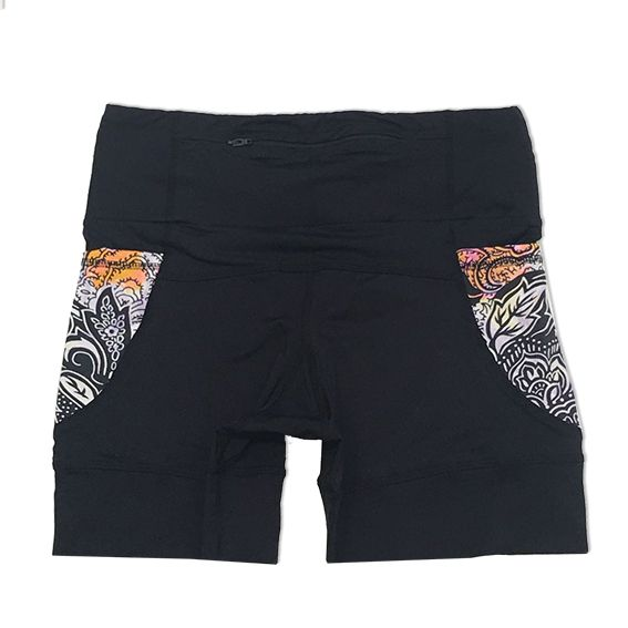 Shorts de compressão 1500 bolsos em sportiva preto com bolsos laterais estampa cashmere
