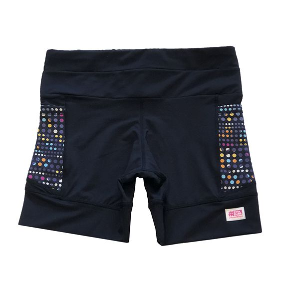 Shorts de compressão 1500 bolsos em sportiva preto com bolsos laterais estampa pontinhos