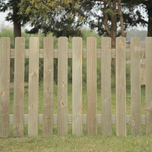 Cerca forte de madeira tratada 180x150cm (01 unidade)