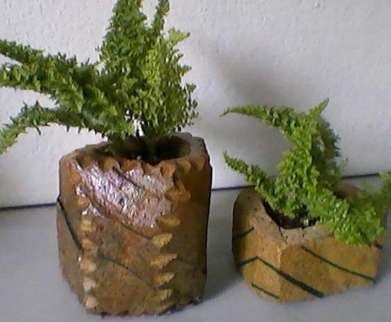 Mini Vaso Artesanal Confeccionado em Pedra Sab�o