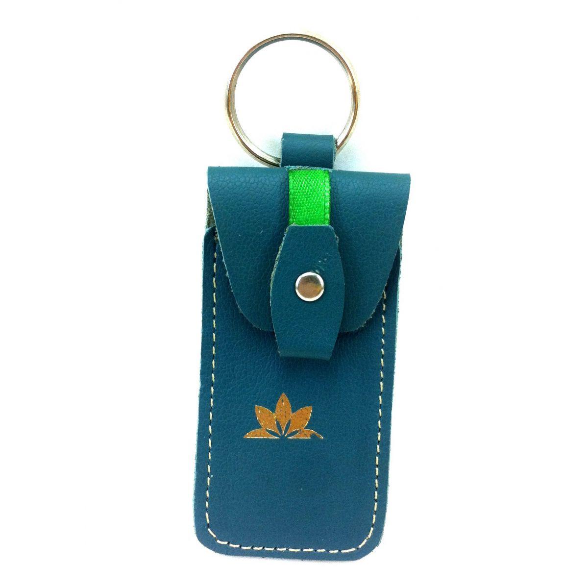 Porta pen drive de couro ecol�gico verde Seminate
