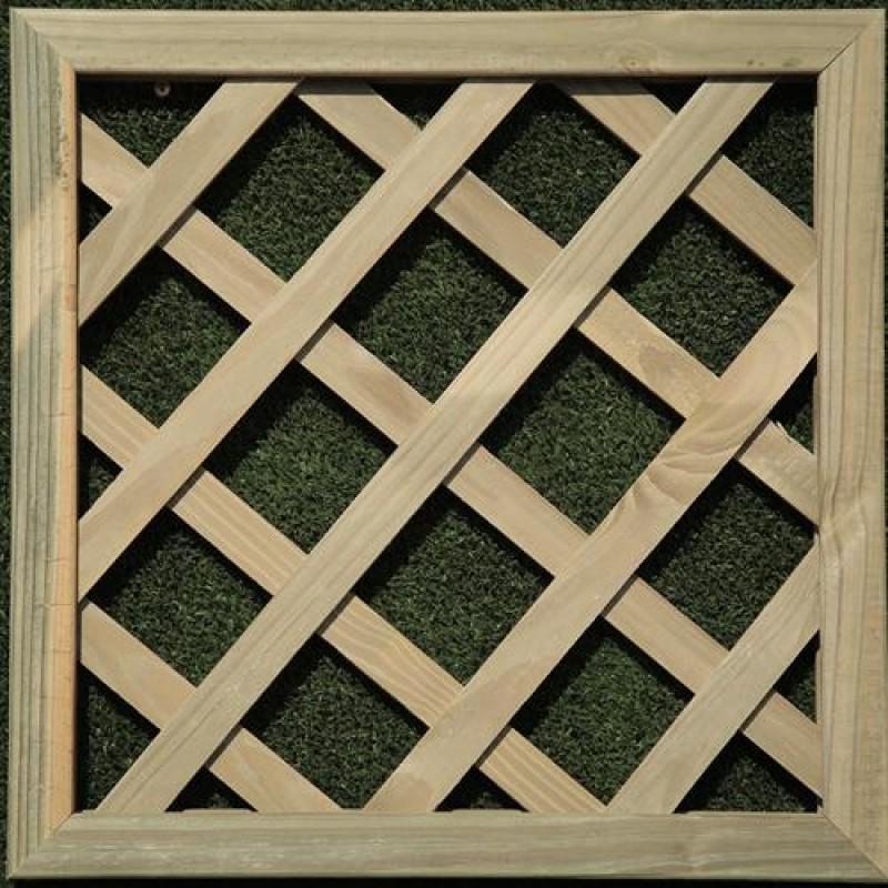 Treli�a diagonal de madeira tratada 40x40 cm (01 unidade)