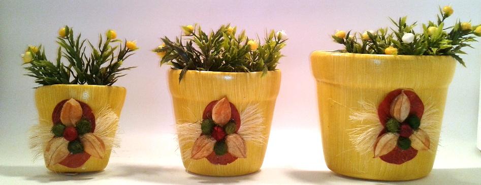 Trio de vasos de parede Amarelos