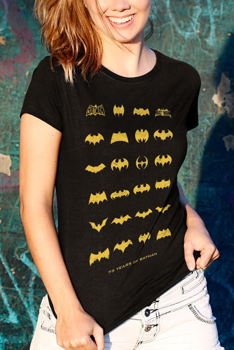 Camiseta Feminina Batman 75 Anos Logos Collection