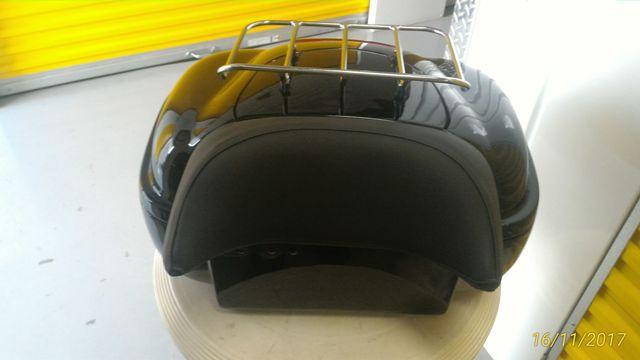 Baú Traseiro em Fibra modelo BT9000  - Fabiana Dubinevics - Bult do Brasil