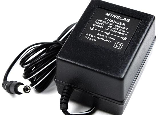 Carregador de baterias NiCad Minelab 220V para Excalibur