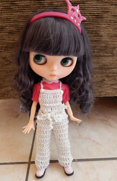 Jardineira de Calça em Crochê para Blythe  - CANTINHO DA MANDINHA