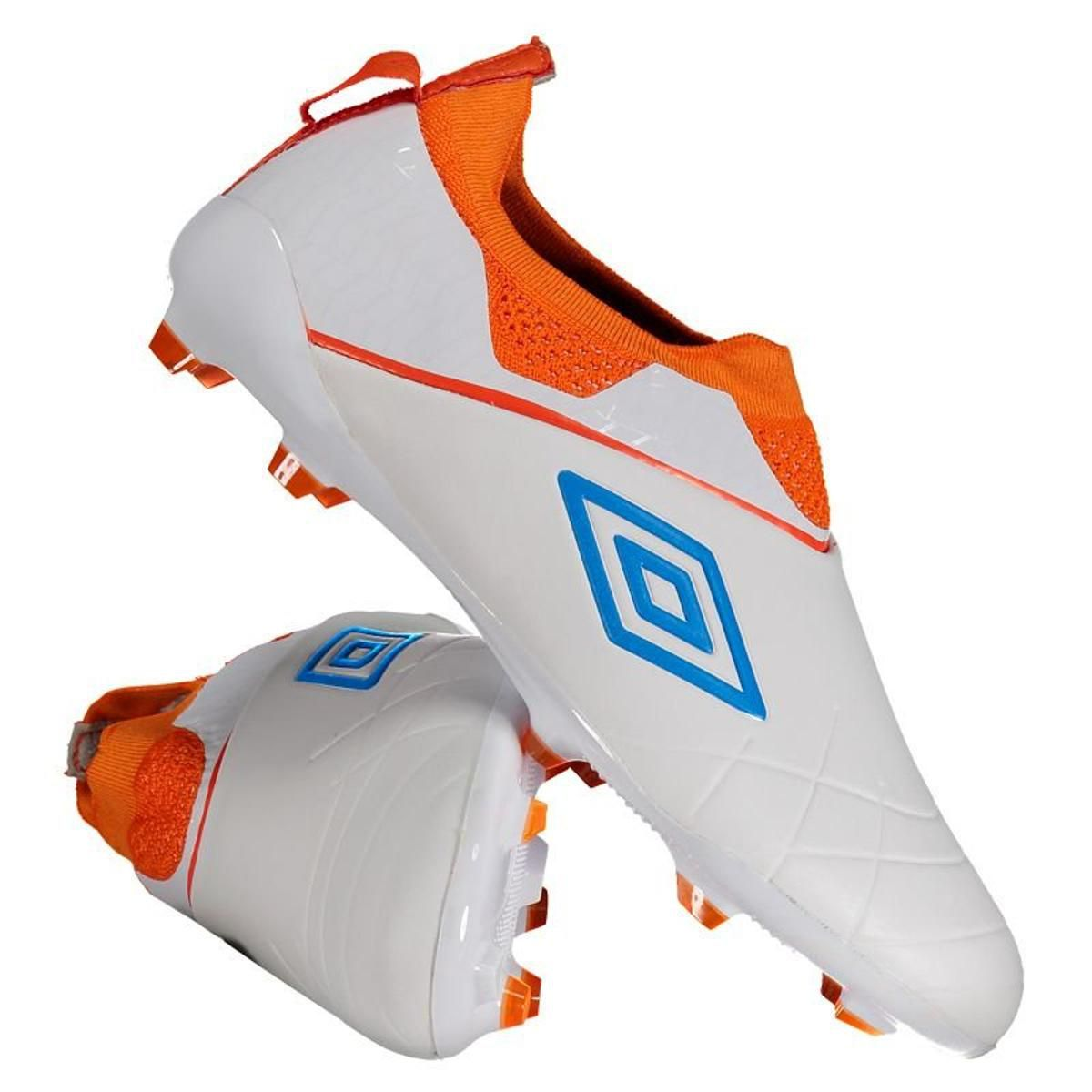 Chuteira Umbro Medusae III Pro 0F70099 Branco-Laranja-Azul  - Dozze Shoes