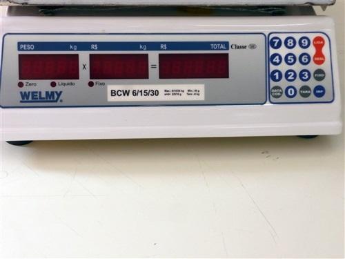 Balança Eletrônica Computadorizada, com 3 escalas 6/15/30 Kg, com bateria e saída p/ impressora WELMY BALANÇAS