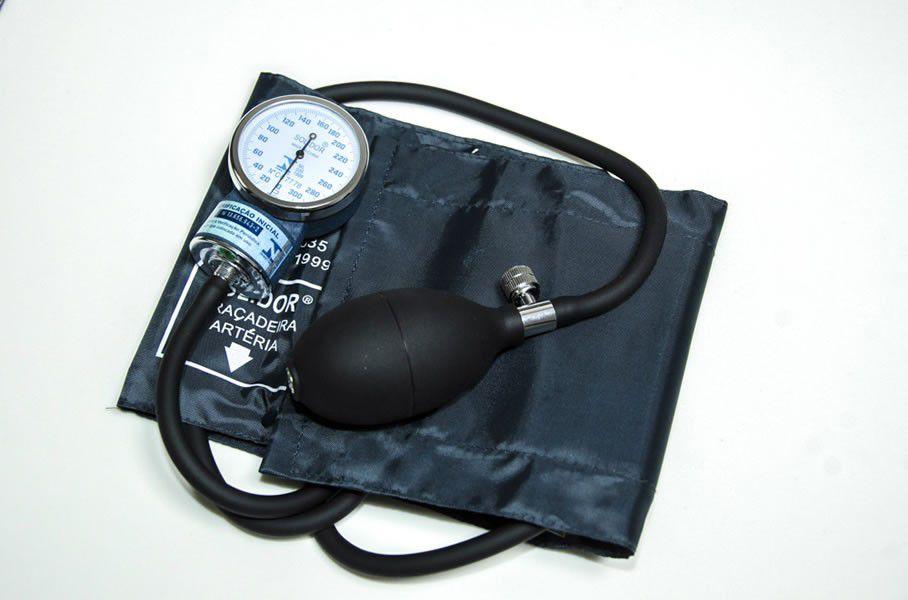 Aparelho de pressão aneróide  com INMETRO, fecho velcro