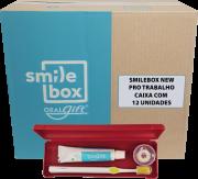 Cx c/ 12un. do SmileBox NEW OralGift pro trabalho - Kit Estojo c/ proteção contra vírus e bactérias. Contém 01 fio dental de 25m + 01 escova dent. cerdas EXTRA MACIAS + 01 Creme  30g. R$ 32,83 un.