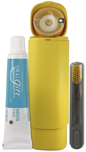 SmileBox RETRÁTIL OralGift pro trabalho - Kit Estojo com proteção contra vírus e bactérias. Contém 01 fio dental de 25m + 01 escova dental com cerdas EXTRA MACIAS+ 01 pasta dental 30g com flúor.