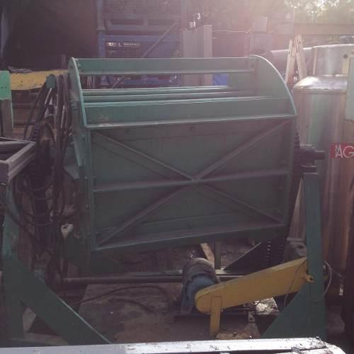 Tamboreador Máquina De Polimento Vibratória De Sobrepor- C525  - Metalmaq