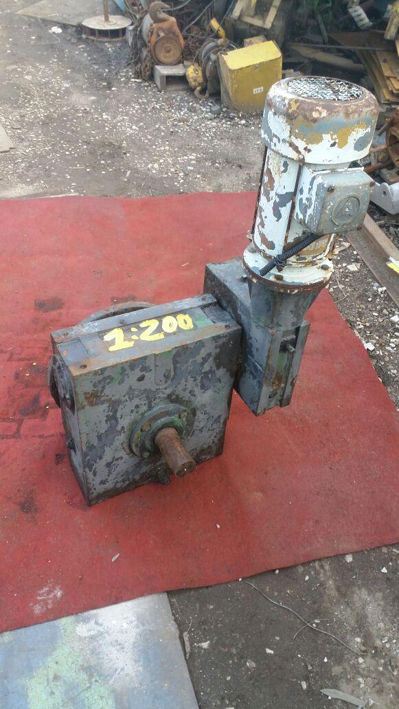 Motoredutor 1:200 Com Motor Elétrico 2cv- Cód 933  - Metalmaq