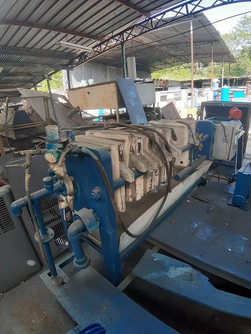 Filtro prensa 40x40 10 placas fechamento hidráulico C6089  - Metalmaq