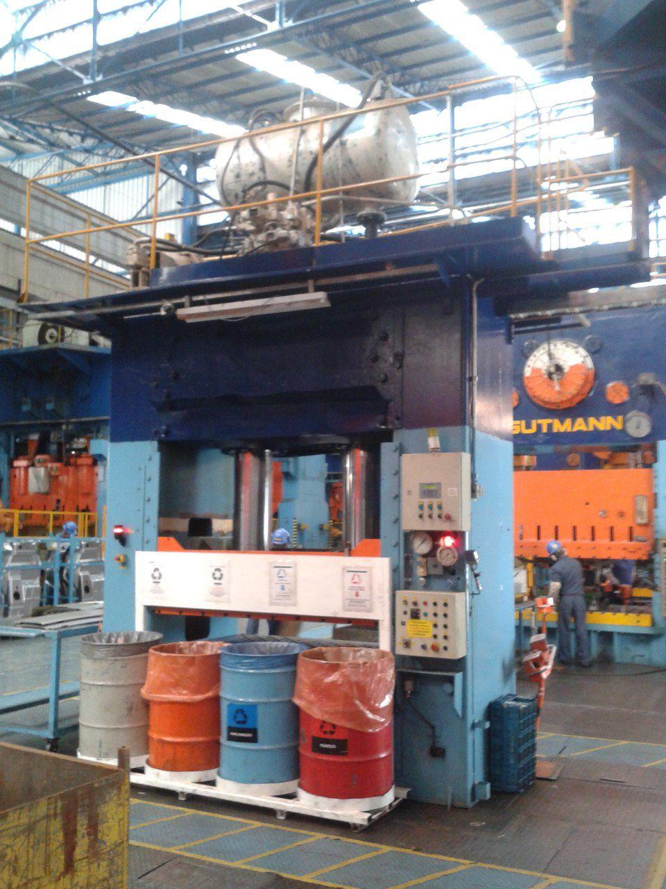 Prensa Hidráulica 300 350 a 400 Ton Dupla ação 2x1,3 C253  - Metalmaq
