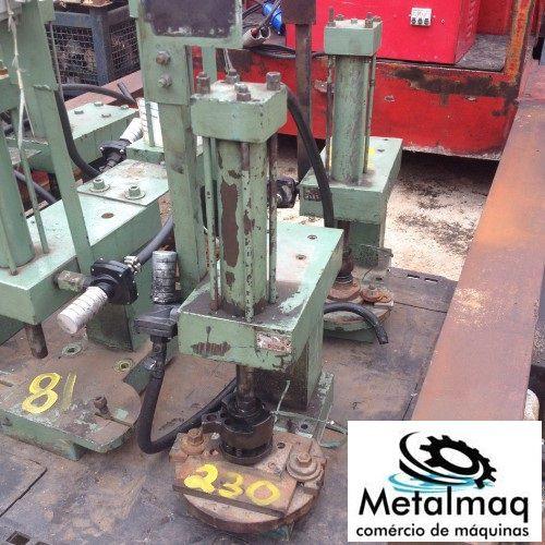 Prensa Pneumática- C230  - Metalmaq