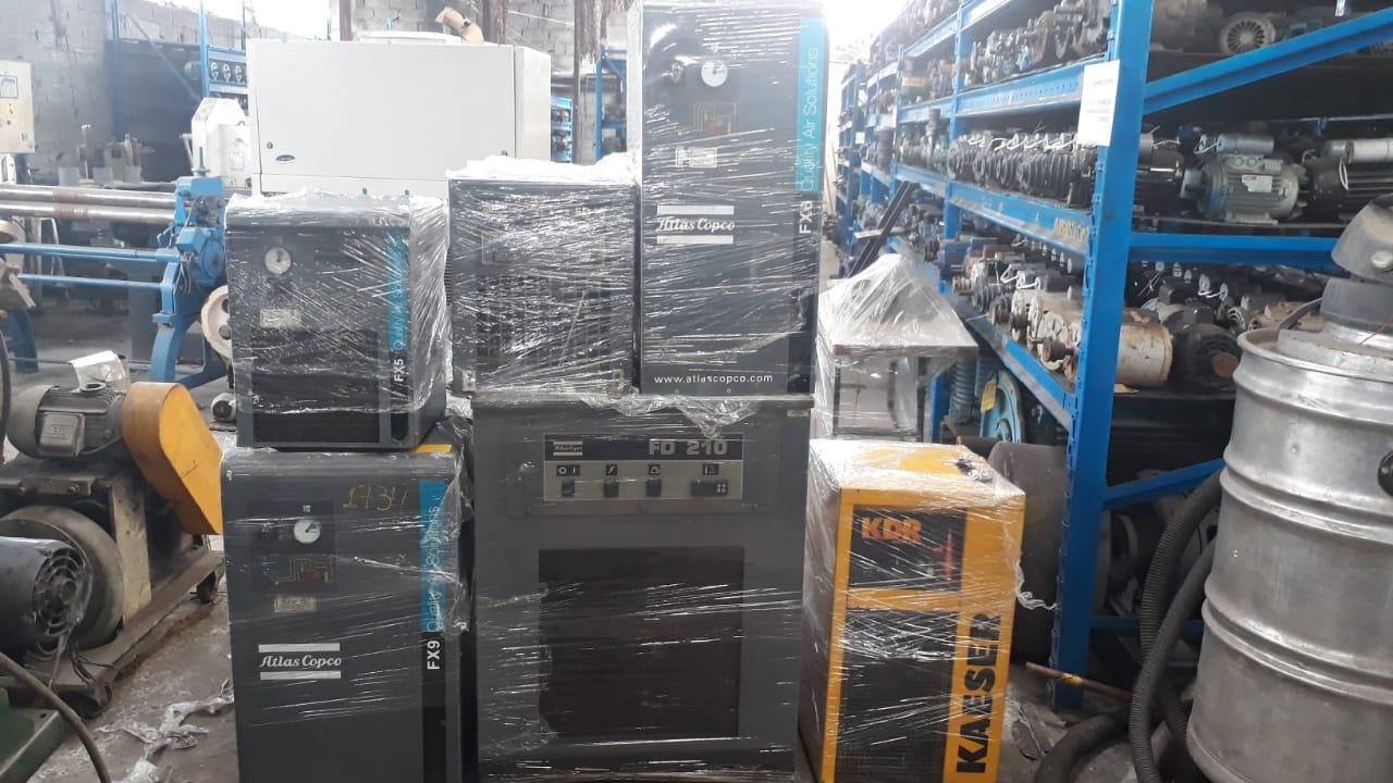 Secador de ar comprimido 40pcm compressor motor 10cv C2479  - Metalmaq