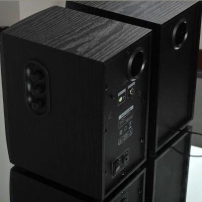 Caixa de Som 2.0 B70 20W RMS - Microlab