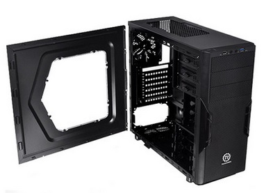 Gabinete Versa H22 Window Mid Tower com USB 3.0 CA-1B3-00M1WN-00 Preto - Thermaltake