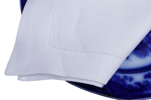 Guardanapo Cambraia de Linho Ajour à máquina branco 50x50   - Helô Reis Store