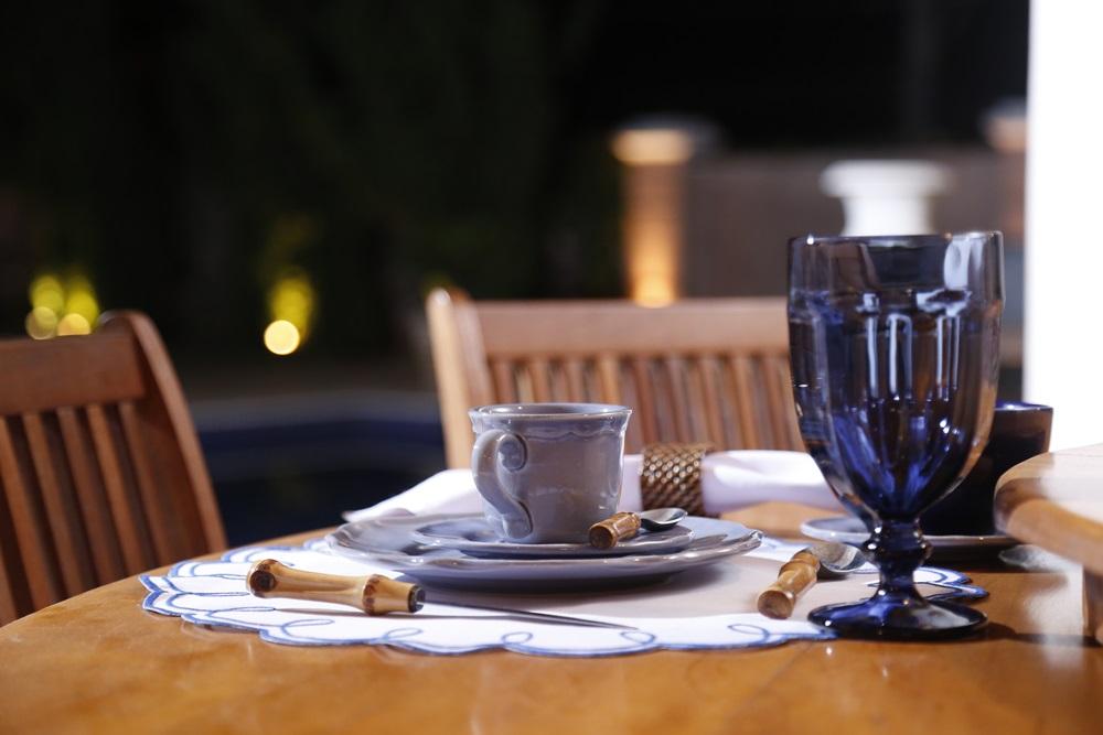 Sousplat Detalhe Azul Escuro  - Helô Reis