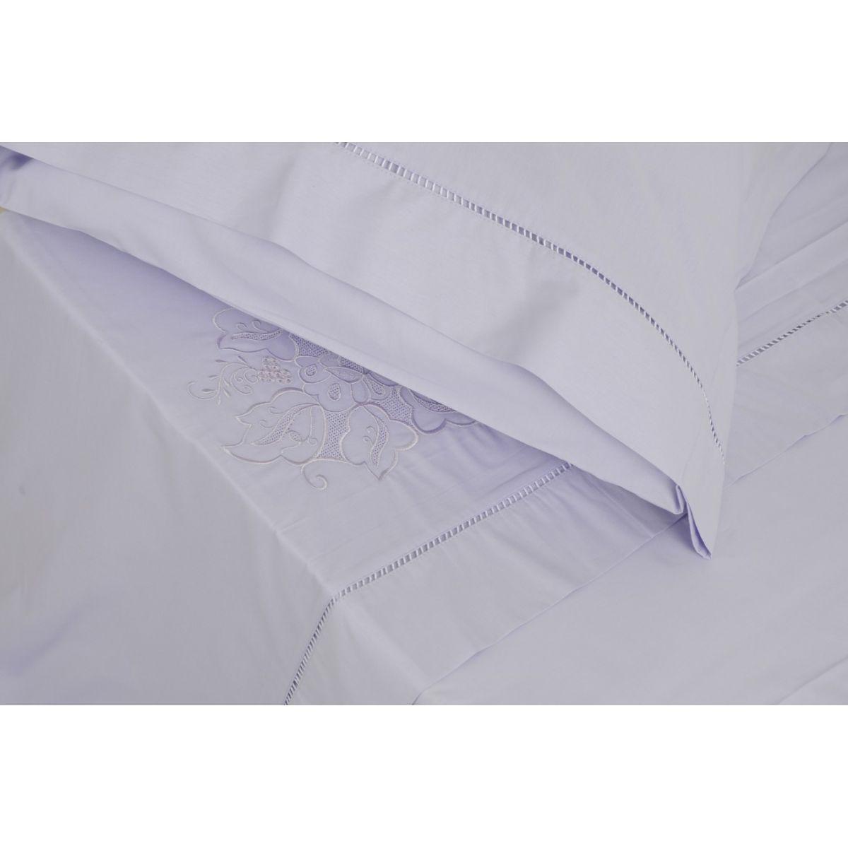 Roupa de Cama Bordada Bordado Português Cor Branco/Branco  - Helô Reis