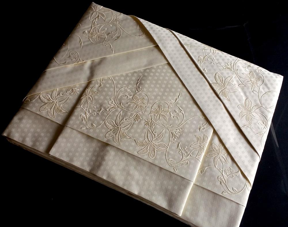 Roupa de Cama 500 fios Lírio Quadriculado pérola  - Helô Reis Store