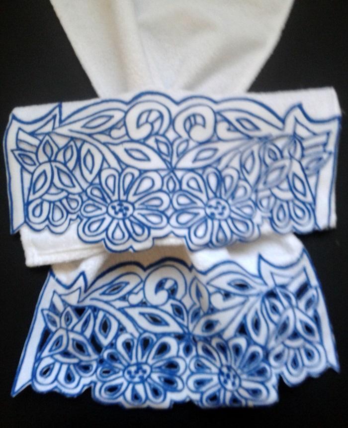 Toalha de Lavabo Pequena PP Barrado Richelieu Azul  - Helô Reis