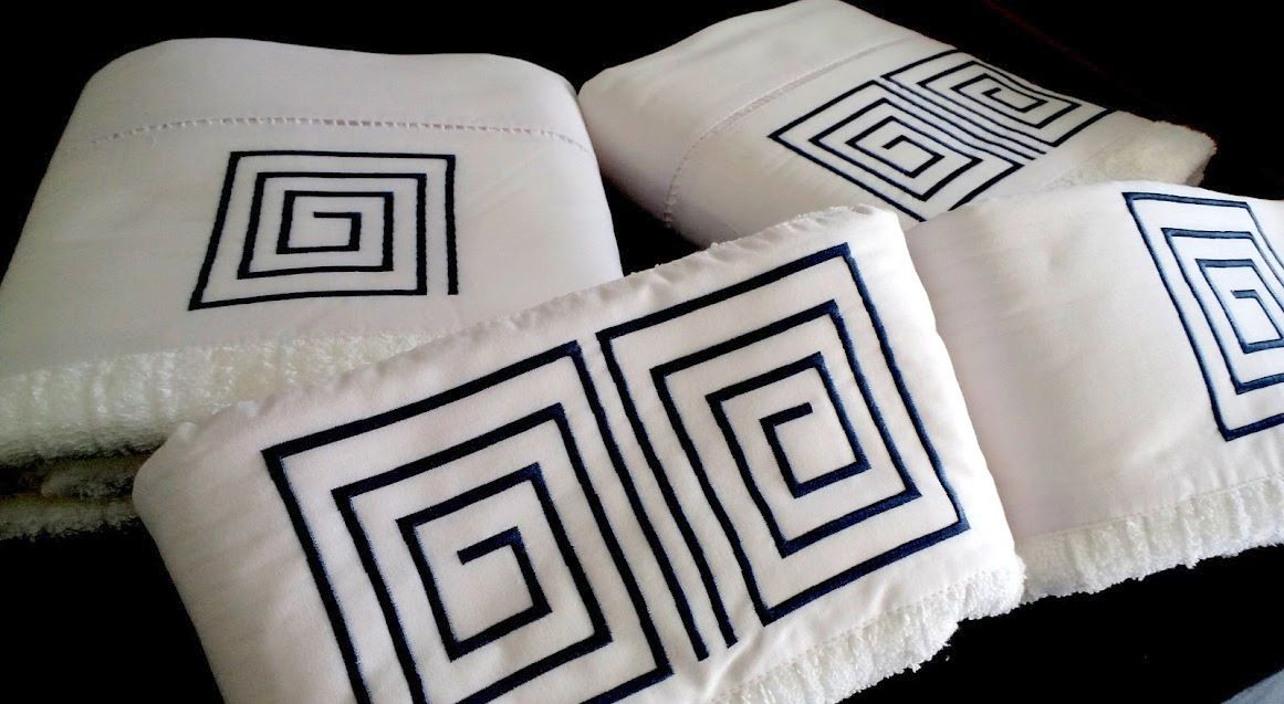Jogo de Banho 5 peças Labirinto branco/ azul marinho  - Helô Reis Store