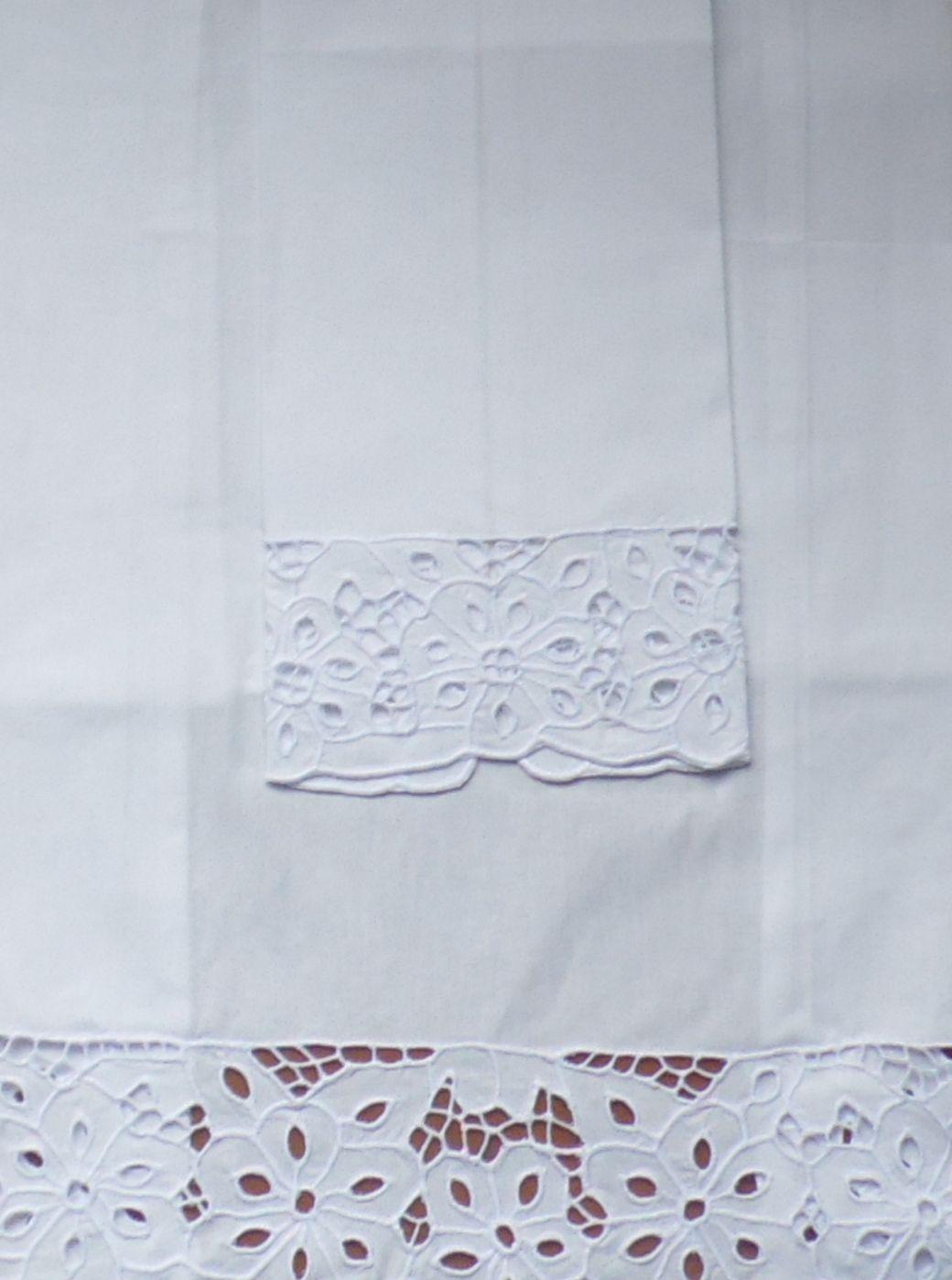 Toalha de Lavabo Percal Richelieu Mariana M&P branco  - Helô Reis Store