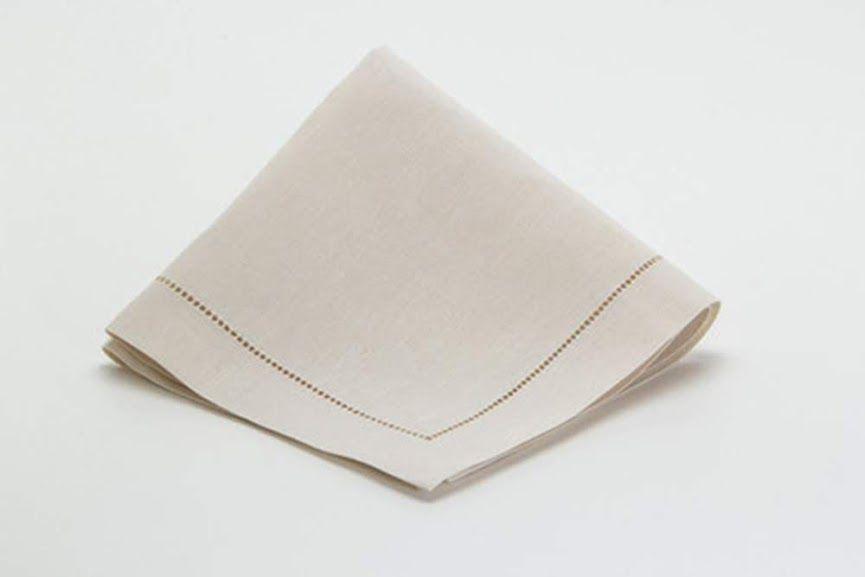 Guardanapo de Linho Ajour à mão Pérola 45x45 kit com 10  - Helô Reis Store