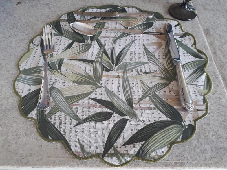Sousplat Impermeabilizado Folhas verde Kit Com 12  - Helô Reis Store